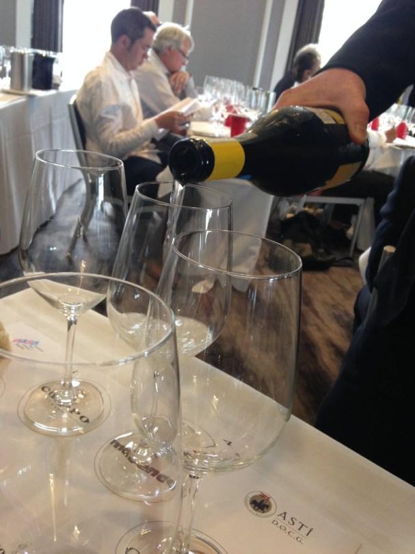 Pouring the low-alcohol, light bubbles