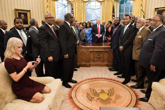 Twitter Meltdown! Kellyanne Conway cozy on Oval Office couch