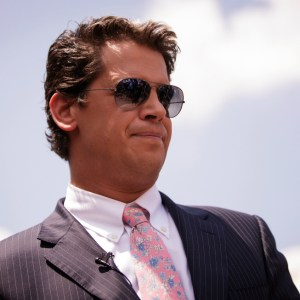 BREAKING: Milo Yiannopoulos Has Resigned From Breitbart Citing His 'Poor Choice of Words'