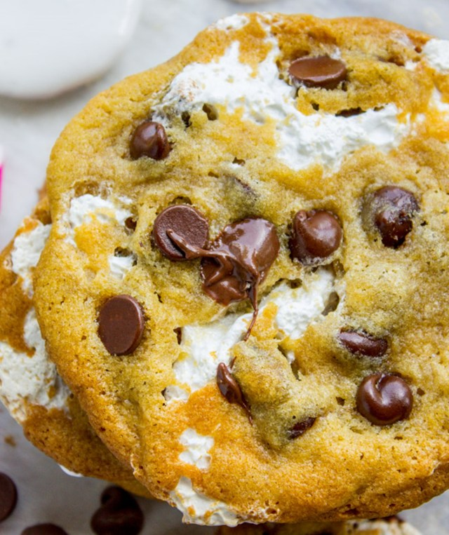 Marshmallow Creme Stuffed Chocolate Chip Cookies