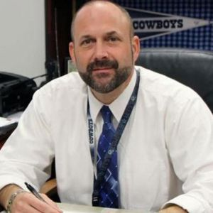 Texas High School Principal Commits Suicide in School Parking Lot After Resigning