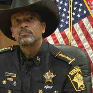Washington Post Reporter Tweets out Sheriff David Clarke's Home Address