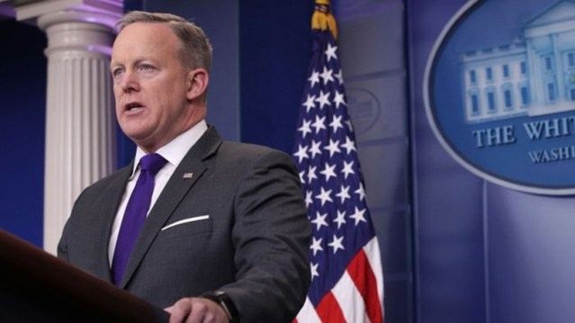 Sean Spicer Handing Over White House Briefing Podium