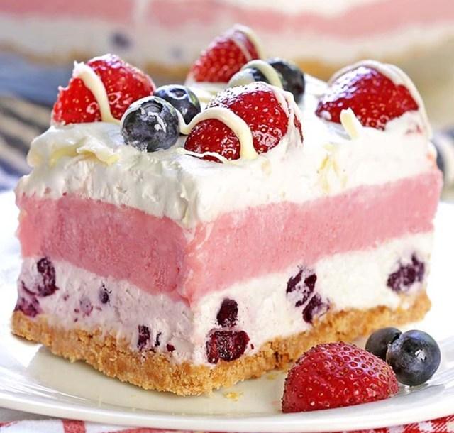 No Bake Summer Berry Delight