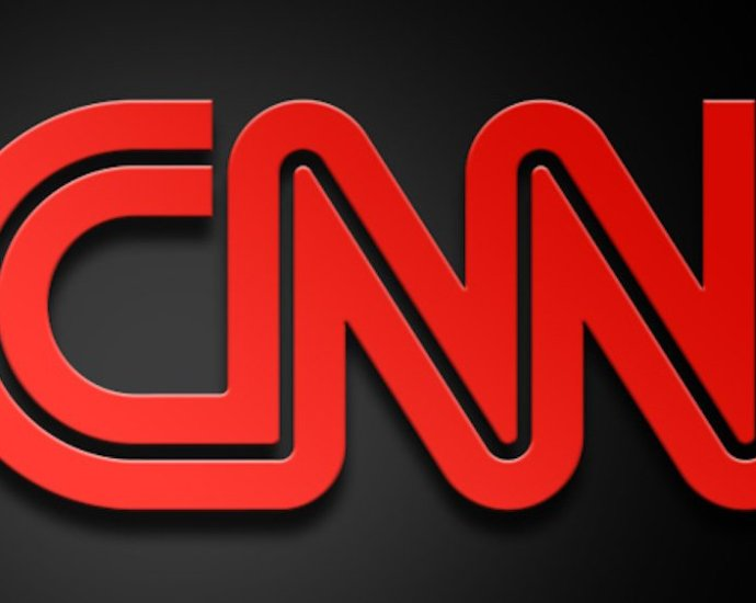 Twitter Destroys 'Full Semi-Automatic' CNN Guest