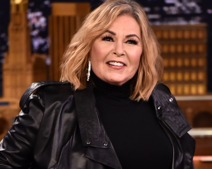 """Roseanne Barr Says She Doesn't """"Give A F**k"""" If You're Mad At Her For Supporting Trump"""