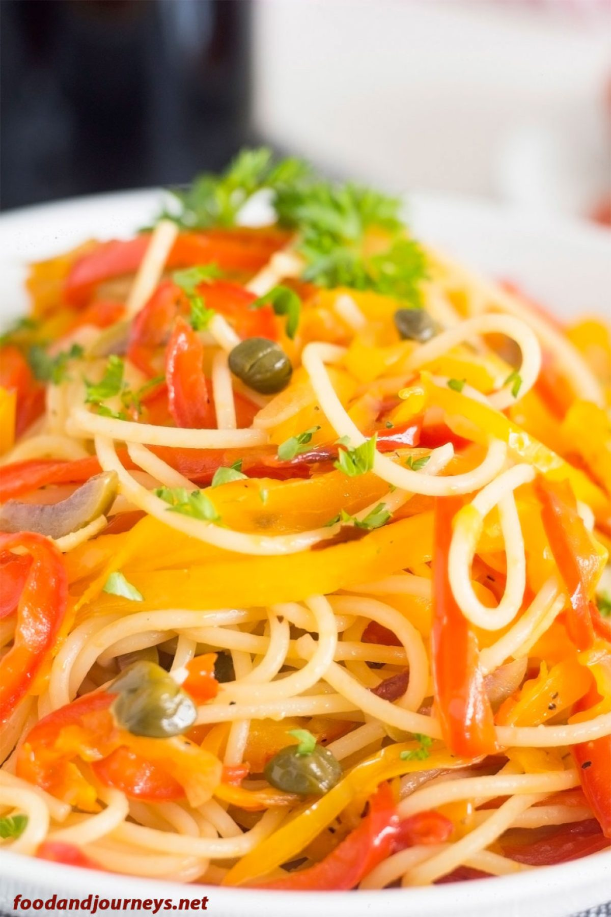Spaghetti with Fried Peppers pic1|foodandjourneys.net