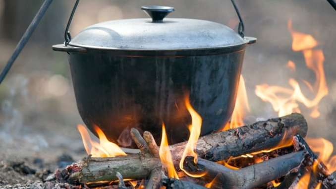How Dutch Ovens Do (Almost) All the Cooking for You - Food