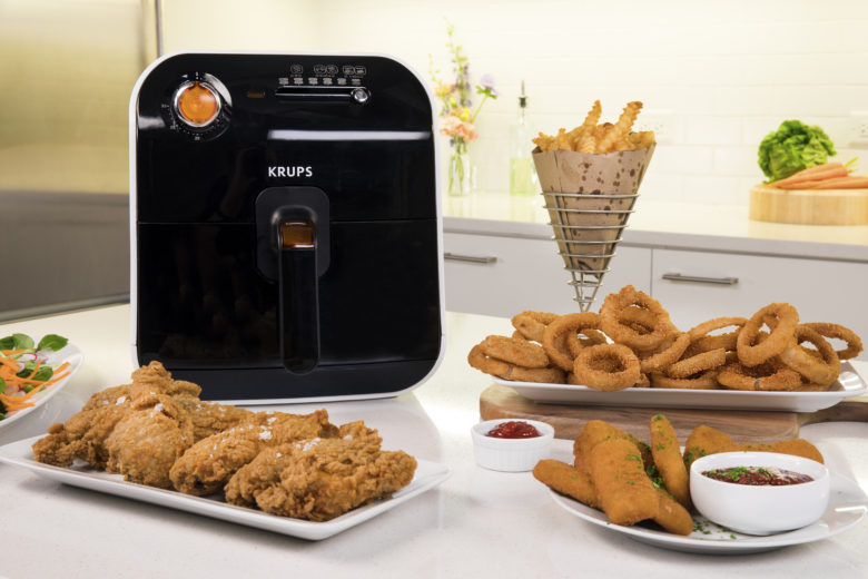 Get Sports Bar Worthy Chicken Wings With This Air Fryer Food