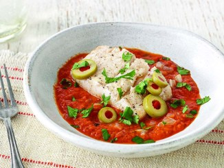 Sauteed Fish with Tomato-Pepper Sauce | Food & Nutrition Magazine | Volume 9, Issue 1