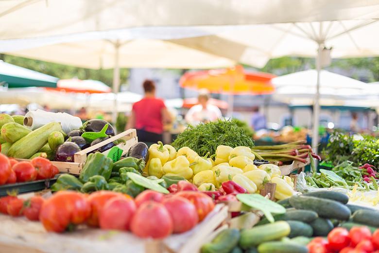 Farmers' food market stall