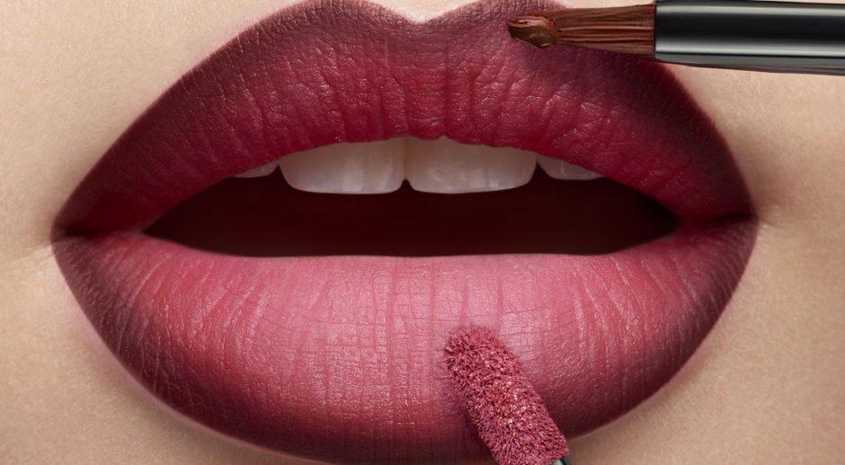 Te decimos cómo hacer el 'contouring' de labios para aumentar radicalmente su volumen