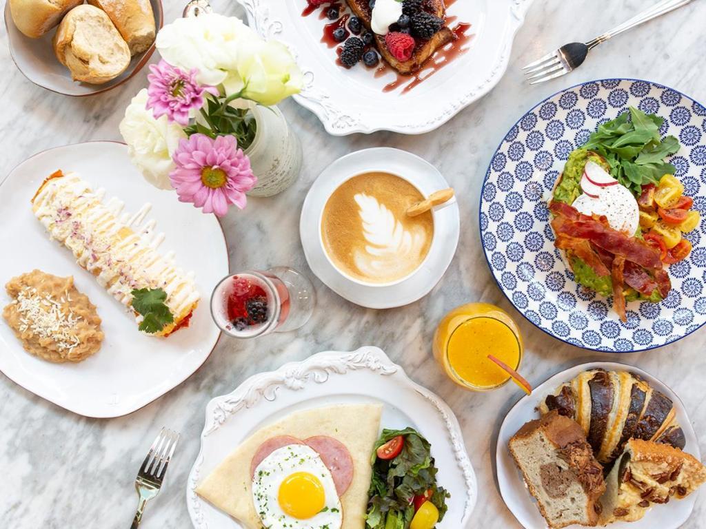 7 restaurantes para desayunar delicioso en Guadalajara (nunca te fallarán)