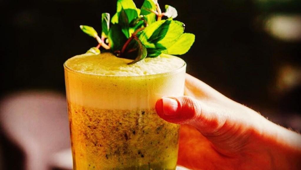 Qué es la kombucha y en qué restaurantes de la CDMX puedes beberla
