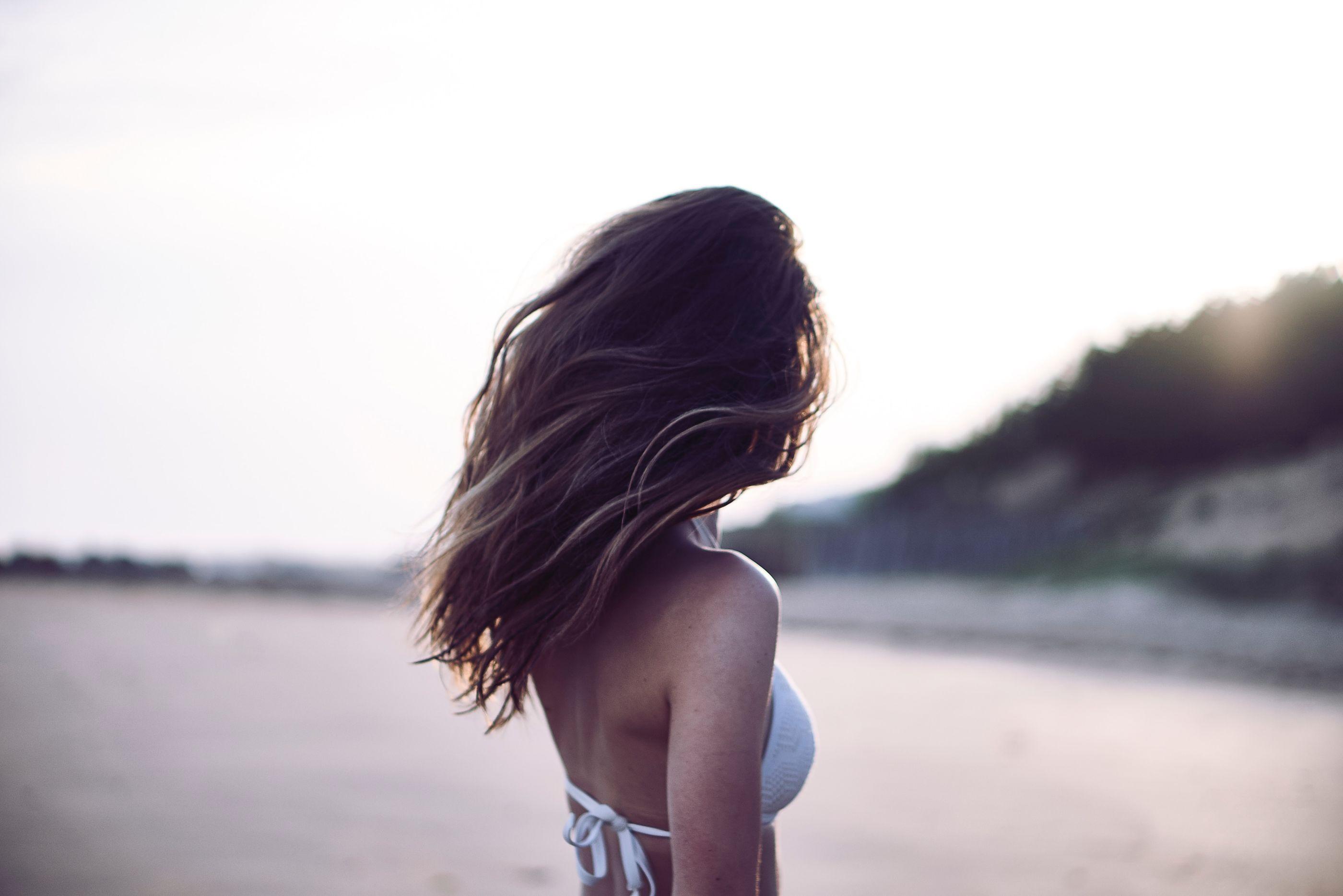 6 tips para proteger tu pelo en la playa durante este verano