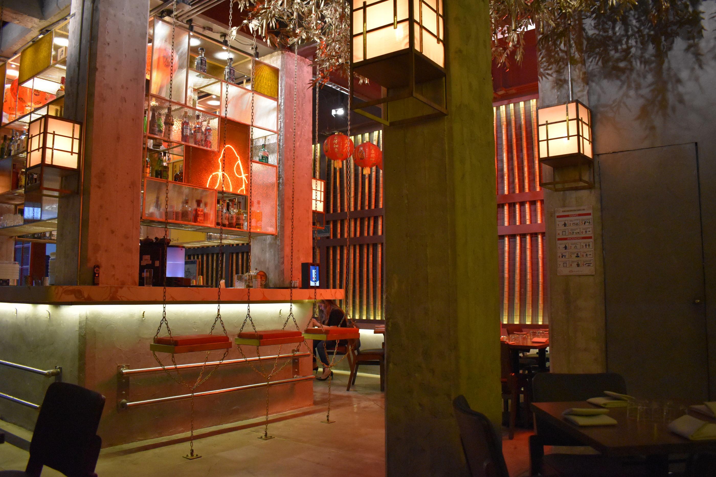 5 restaurantes en la CDMX cuya (increíble) decoración te transporta a las calles de Asia