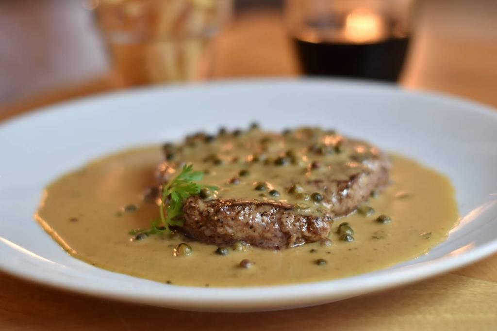 L'Aperô: El refugio de la Condesa que sirve extraordinaria comida francesa