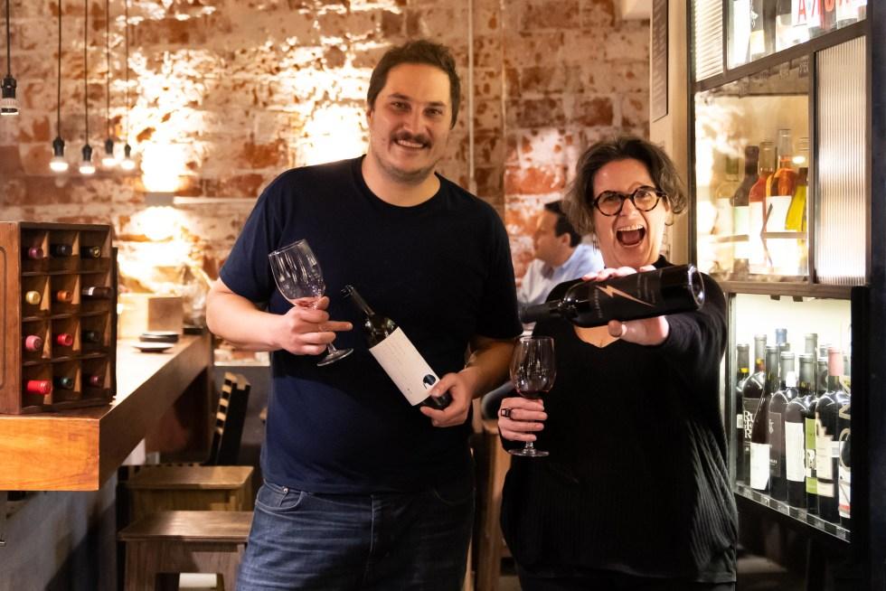sophie-avernin-enóloga-sommelier-maridaje-simon-bar-granel-vino-mexicano-valle-guadalupe-maridaje