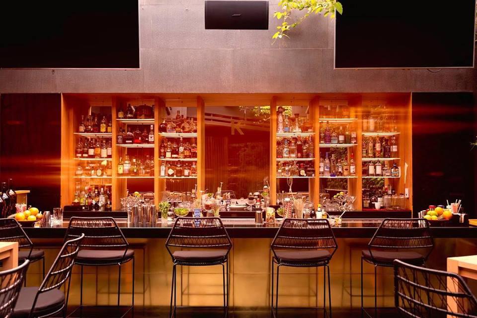 Emprende un viaje al centro de lo inusual con el bar de KO MA y Hendrick's