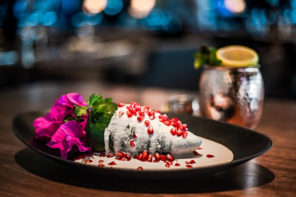 El chile en nogada de Porfirio's es tan 'instagrameable' como el resto de sus platillos