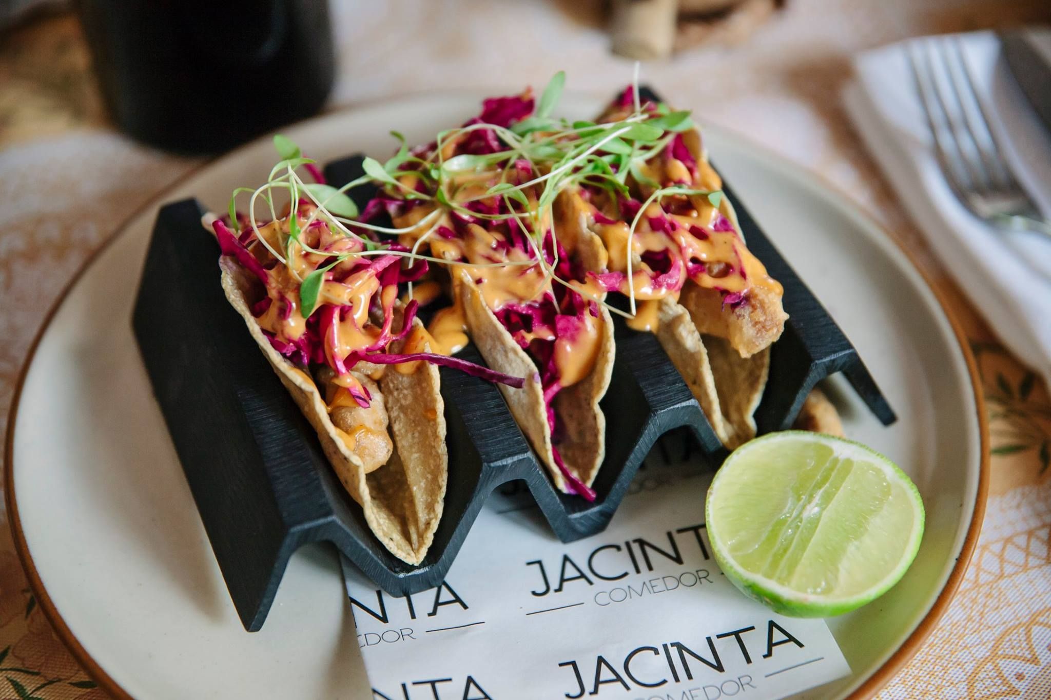 6 'spots' para saciar tu antojo de tacos estilo Ensenada en la CDMX