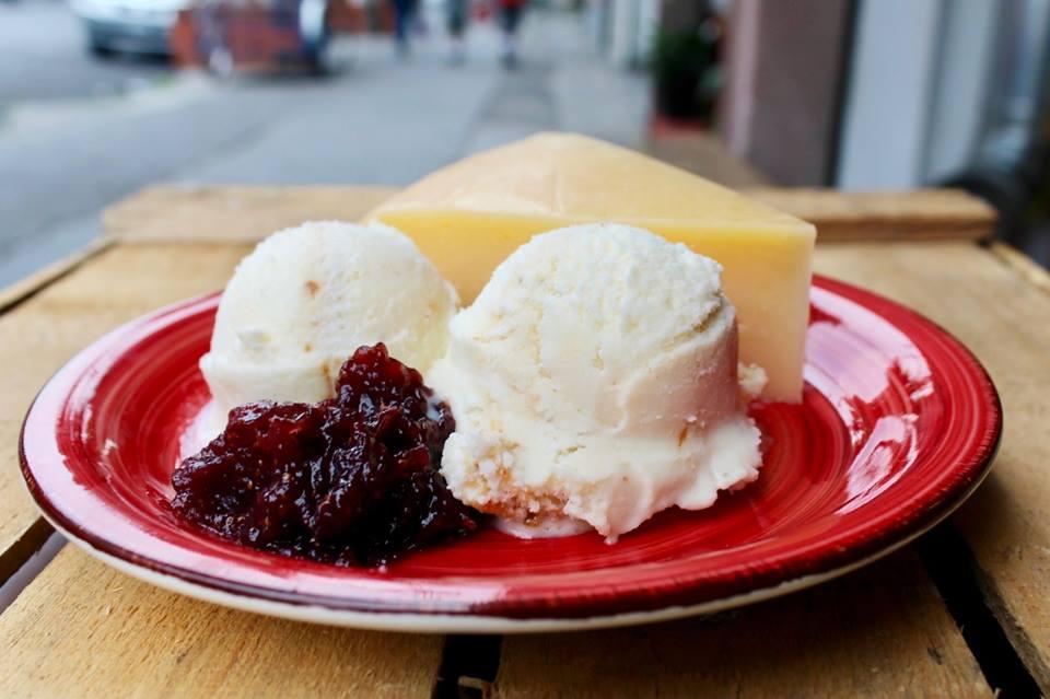 5 'spots' para fanáticos del helado de queso en la CDMX