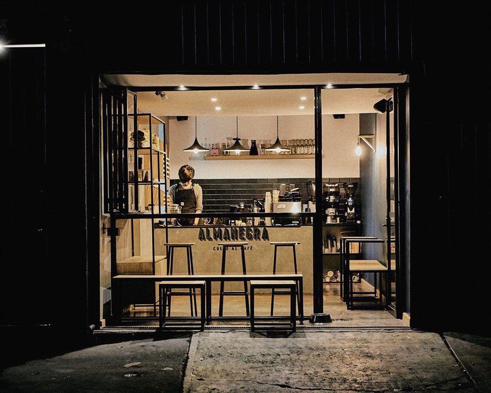 7 encantadoras 'coffee shops' en la CDMX para disfrutar de un capuchino muy cremoso y de gran calidad