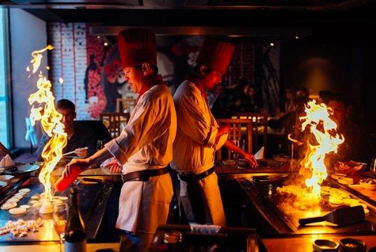 5 restaurantes de teppanyaki en la CDMX (comer ahí es todo un espectáculo)