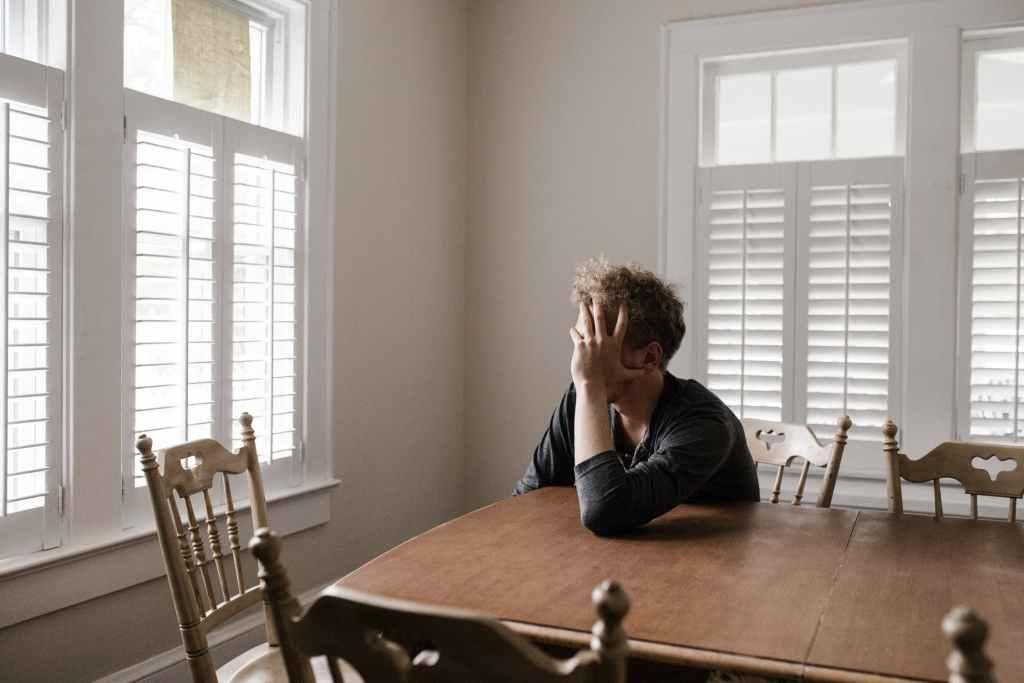 7 tips para calmar la ansiedad de no salir de casa