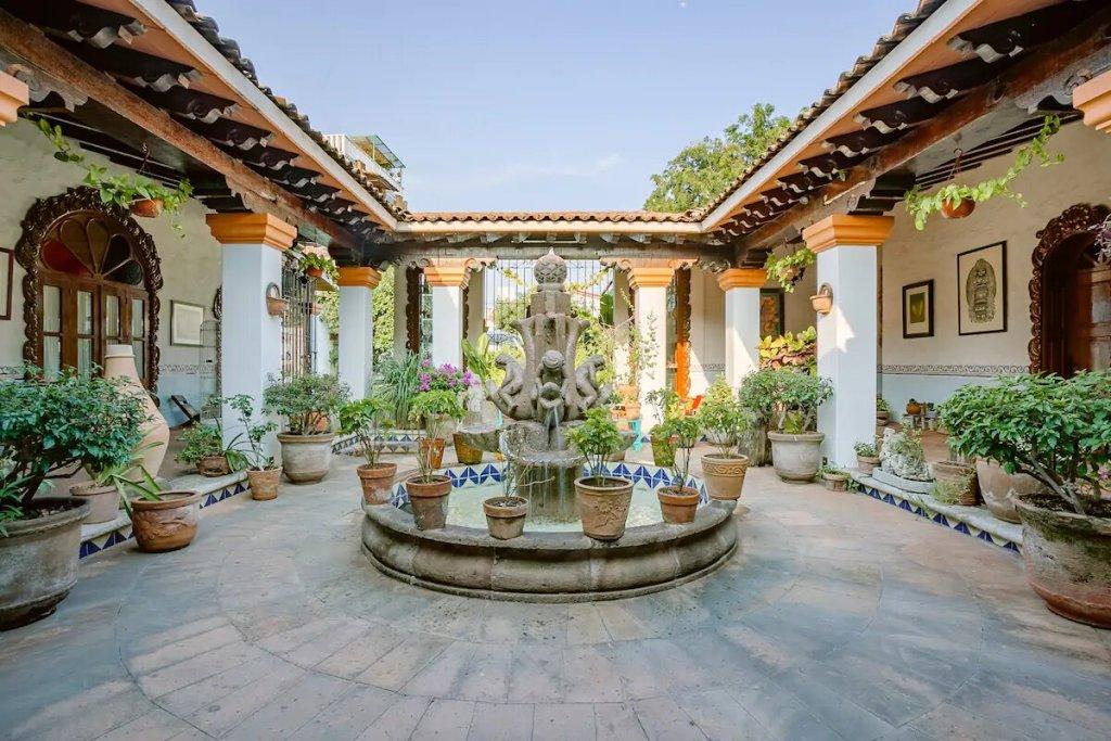 Los 8 airbnb's con diseño tradicional mexicano más bonitos y floclóricos