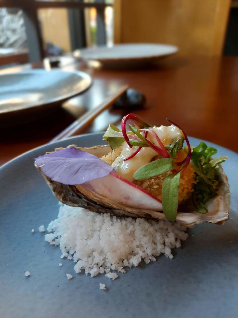 ostras-en-restaurante-akuma