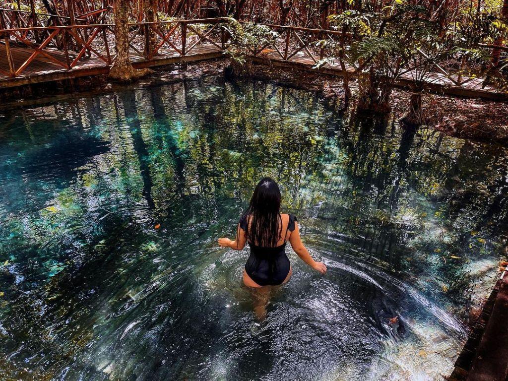 7 preciosos lugares naturales para nadar en Yucatán (cenotes, manantiales y ojos de agua)