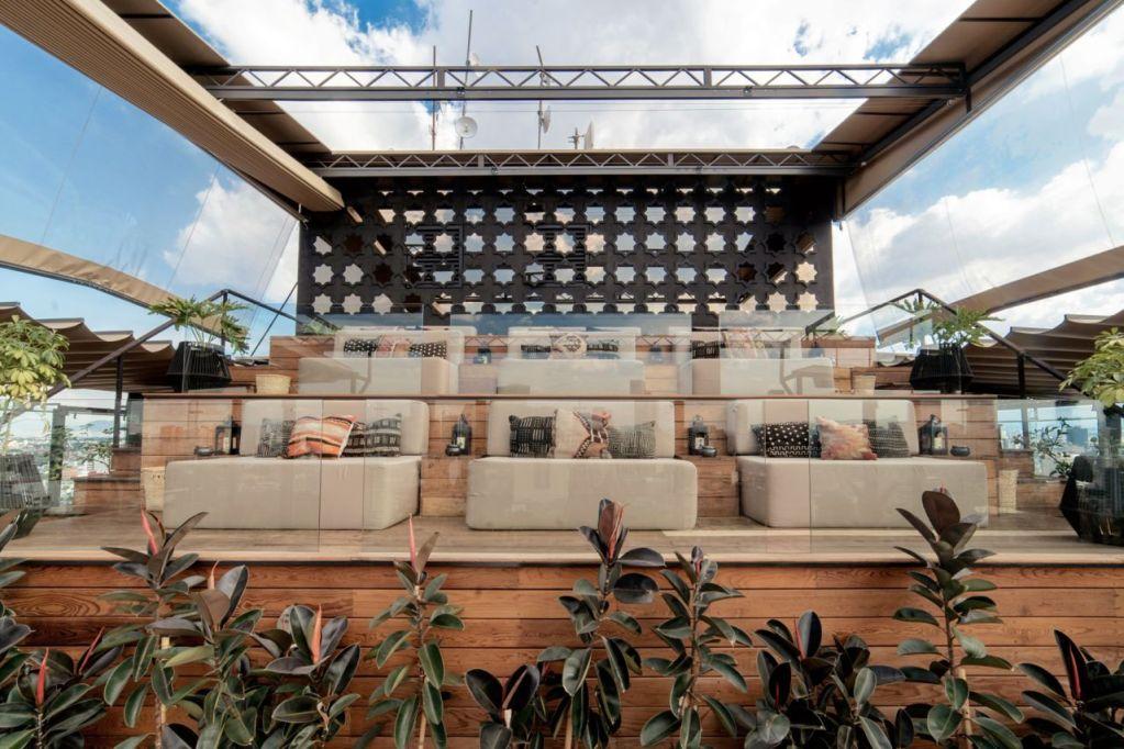 Este rooftop es el lugar más cool del momento en la Roma (y la única terraza abierta con vista 360° a la CDMX)