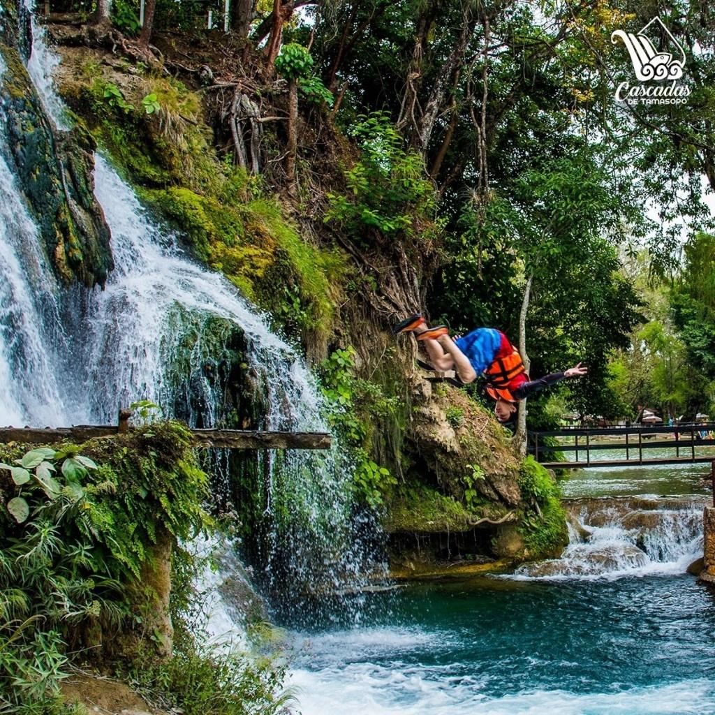 Cascadas de Tamasopo: un paraíso secreto con pozas turquesa y un festival de catrinas
