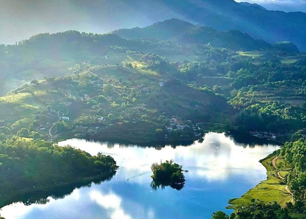 Laguna de Atezca: un paraíso de leyendas y escenarios naturales en Hidalgo (localizado a 4 hrs de la CDMX)