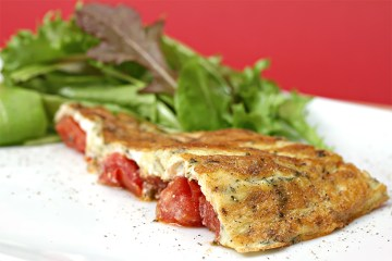 Tomato frittata with fresh herbs