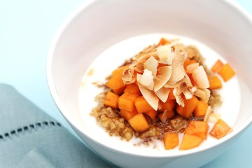 Coconut oatmeal with persimmons and palm sugar