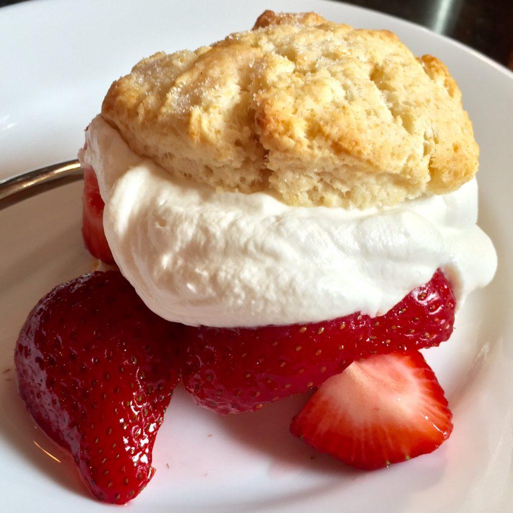 Simple Strawberry Shortcake Dessert