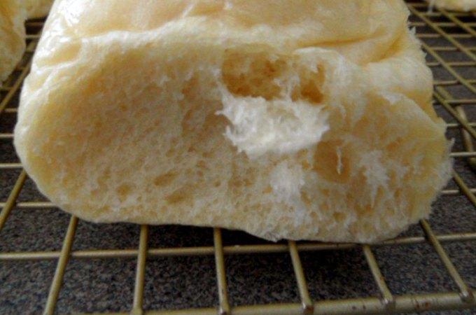 Fluffy White Dinner Rolls