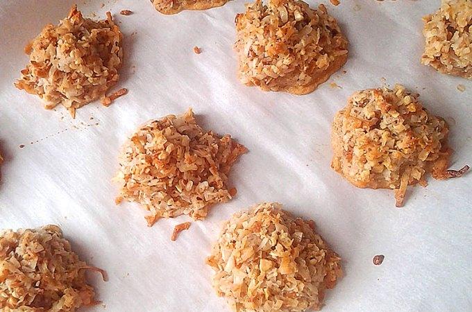 Almond Macaroons at FoodApparel.com