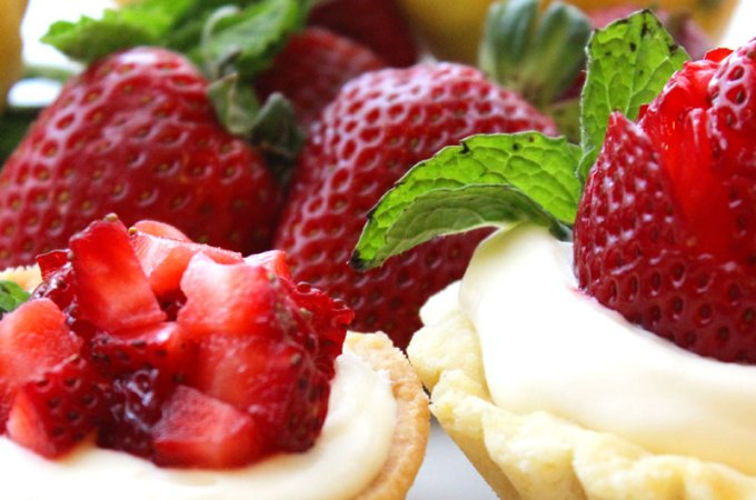 Gourmet Lemon Strawberry Shortcake Cups Recipe (with Sweet Ricotta and Minted Lemon Curd)
