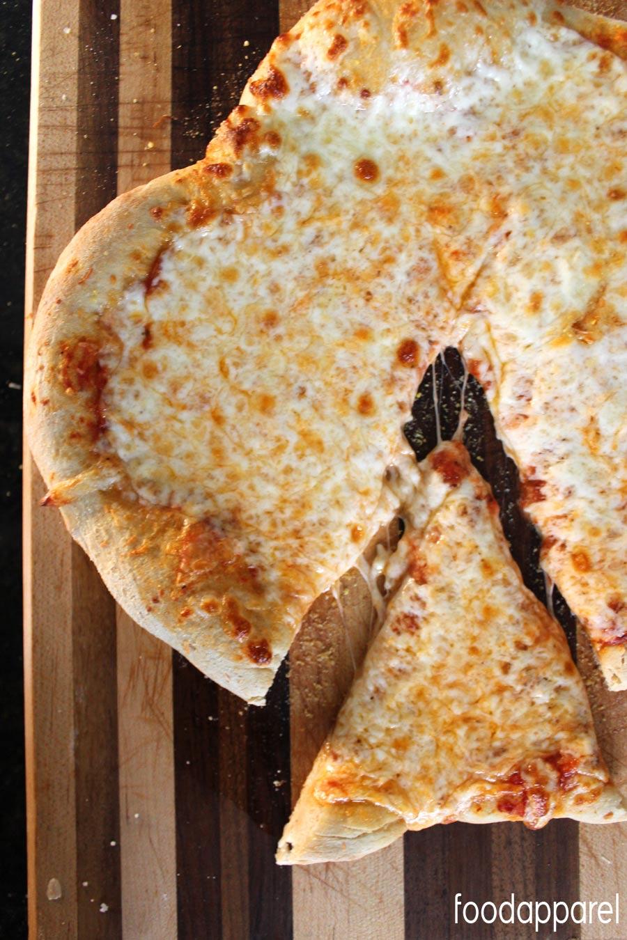 Whole Wheat Pizza Crust Recipe @foodapparel