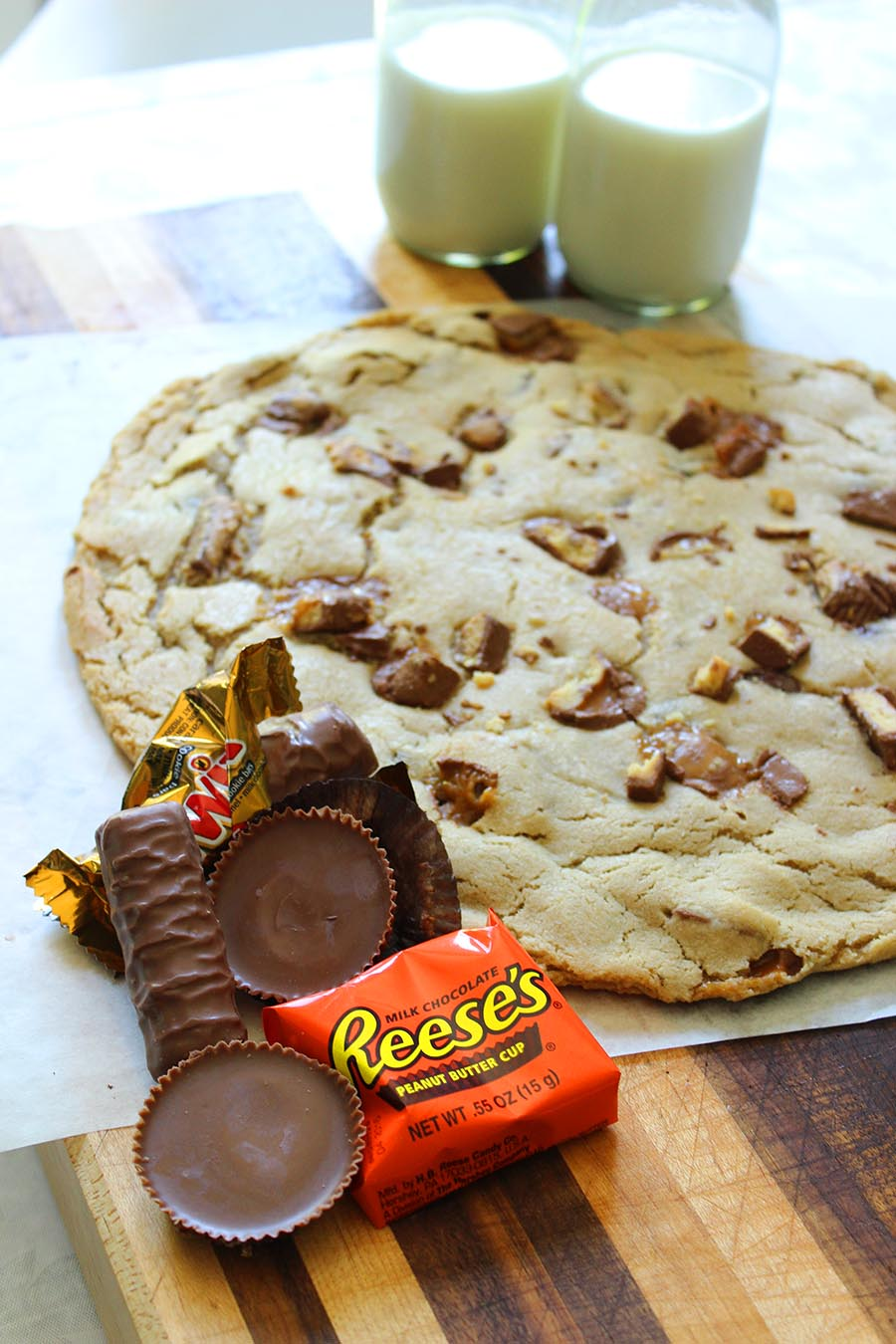 Giant Cookie Recipe! Great way to use up leftover Halloween candy or use for a birthday in place of a cake!