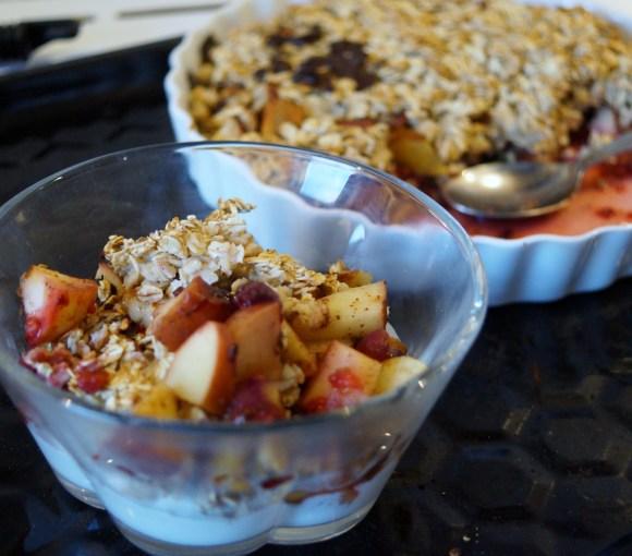 bagte frugter med havregryns crust