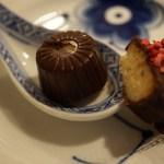 Sukkerfri marcipan i fyldt chokolade med chokoladeganache