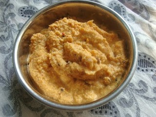 red coconut chutney,coconut chutney with roasted red chillies