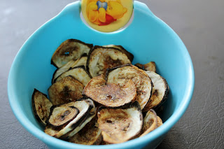 baked vazhakkai chips, baked raw banana chips