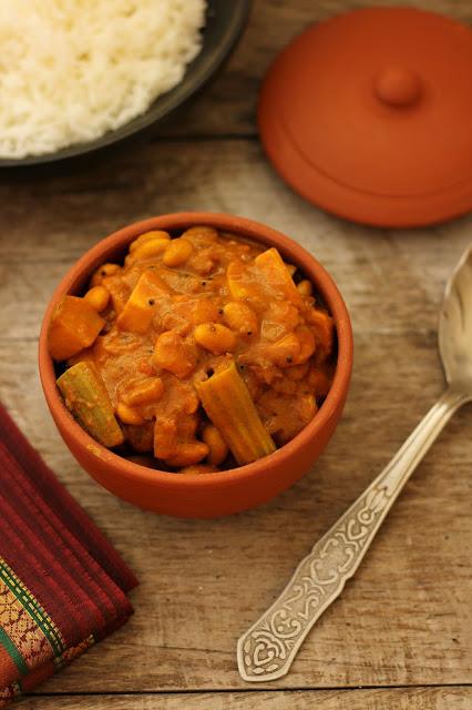 aadi mochai mixed vegetable kuzhambu