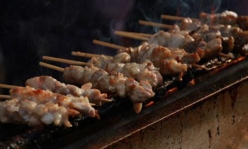 焼き鳥の食べ方は実はすごく難しい!? 正しいマナーは実は店ごとに違うらしい