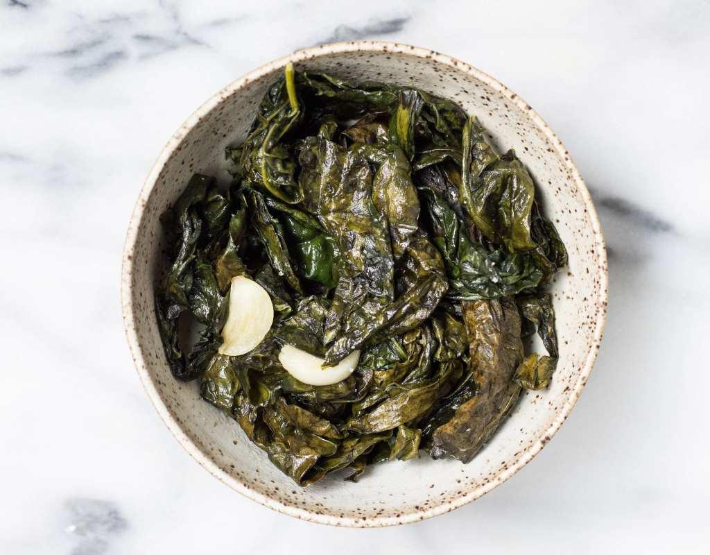 Sautéed Garlic Kale (vegan)